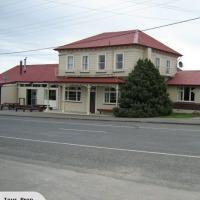 Waikaka Hotel