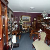 Cralyn Furniture Gifts and Collectables