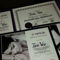 Swanky Nails by Tania
