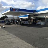 Western Heights Mobil