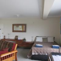 Comfort on Coppelia (Short Term Rental) and Bed and Breakfast