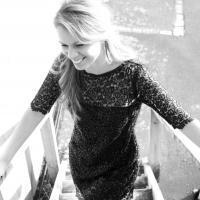 Singing Lessons - Miriam Dixon