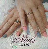 SNS Nails by Lezel
