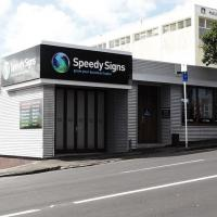Speedy Signs Newton