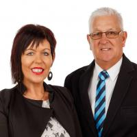 Julie and Bill Campbell - Harcourts Real Estate