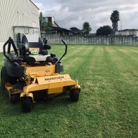 Express Lawn Mowing West Auckland